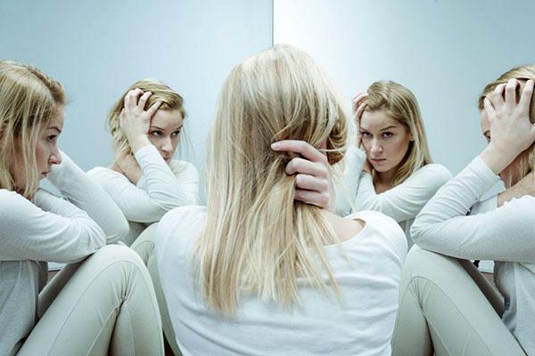 признаки и симптомы шизофрении у женщин