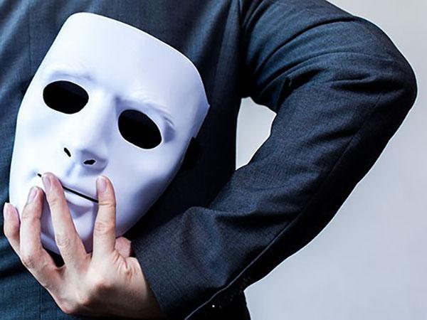 Как распознать мужчину психопата: признаки