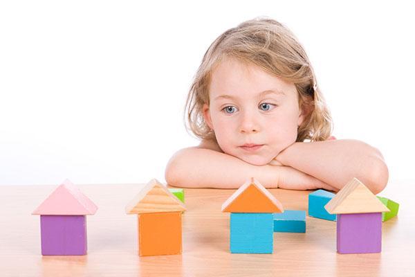 ребенок с атипичным аутизмом