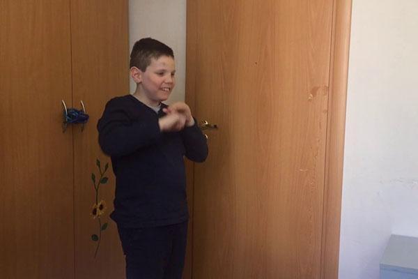 поведение ребенка с атипичным аутизмом
