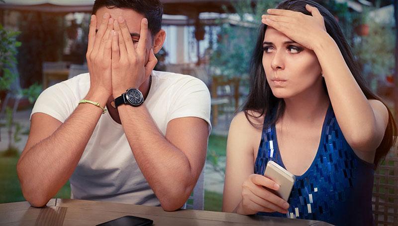 женщина раздражает мужчину