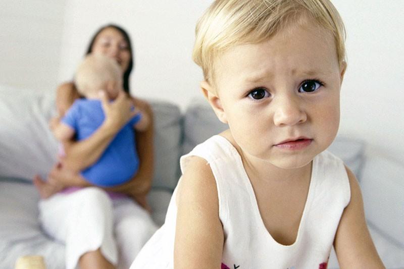 ревность к младшему ребенку
