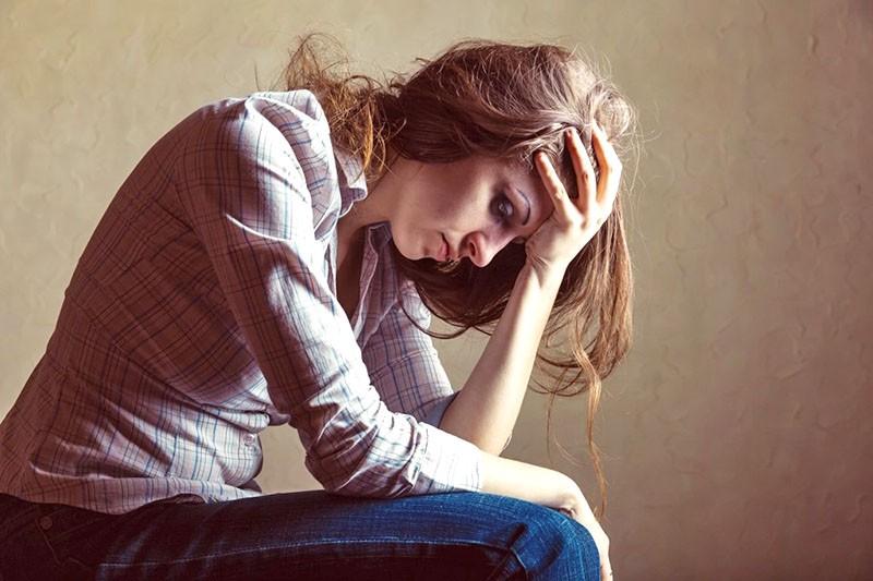 плохое настроение и подавленность