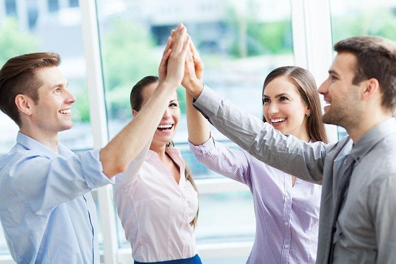 как повысить самооценку и уверенность в себе, выбрать круг общения