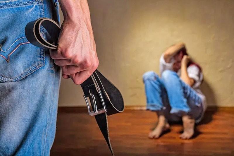 психологическое и физическое насилие